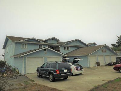 Whitethorn CA Multi Family Home For Sale: $1,200,000