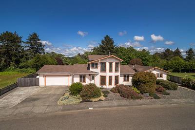 McKinleyville Multi Family Home For Sale: 2963 Springer Drive