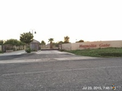 El Centro Residential Lots & Land For Sale: 1431 Magnolia Cir