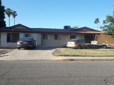 Calexico Single Family Home Contingent: 212 Dr Kincaid