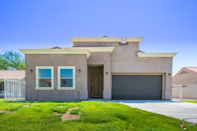 Calexico Single Family Home For Sale: 2120 Banda Ave