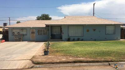 El Centro Single Family Home For Sale: 1229 Sandalwood Dr