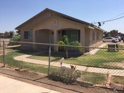 Calexico Single Family Home For Sale: 1214 C N Perry Rd