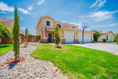 Calexico, Imperial Single Family Home For Sale: 300 Cahuilla Dr
