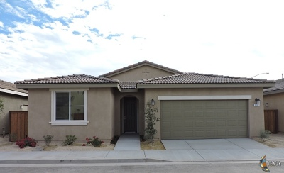 Brawley Single Family Home For Sale: 337 Marigold Pl