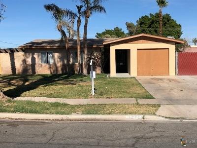 El Centro Single Family Home For Sale: 1272 Ocotillo Dr