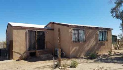 El Centro Mobile Home For Sale: 1886 Derrick Rd