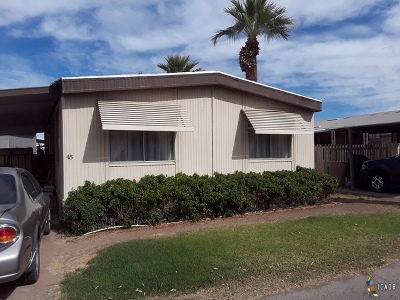 El Centro Mobile Home For Sale: 1020 W Evan Hewes Hwy #45
