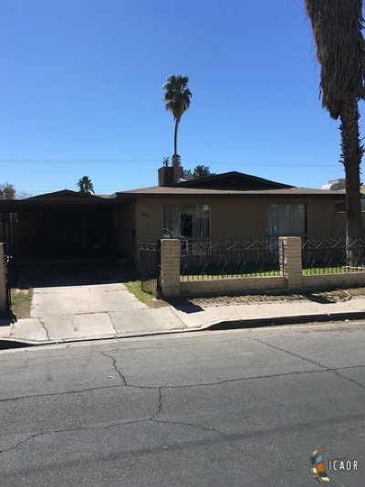 Calexico CA Single Family Home For Sale: $199,900