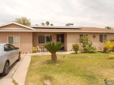 Calexico Single Family Home For Sale: 609 W Palm St