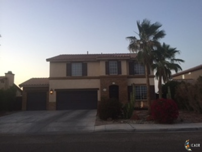 Calexico CA Single Family Home For Sale: $310,000