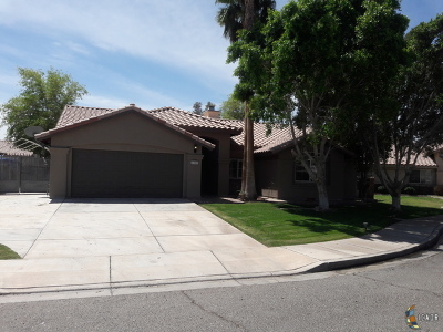 Calexico CA Single Family Home For Sale: $349,900