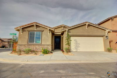 Brawley Single Family Home For Sale: 340 Marigold Pl