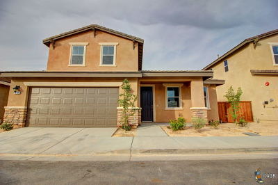 Brawley Single Family Home For Sale: 342 Marigold Pl