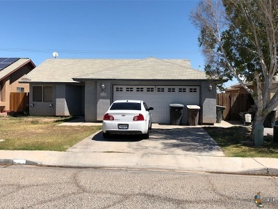 Imperial CA Single Family Home For Sale: $212,500