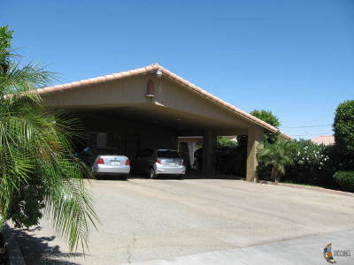 Calexico CA Single Family Home For Sale: $249,000
