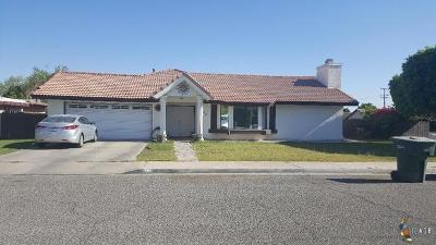 Calexico CA Single Family Home For Sale: $275,000