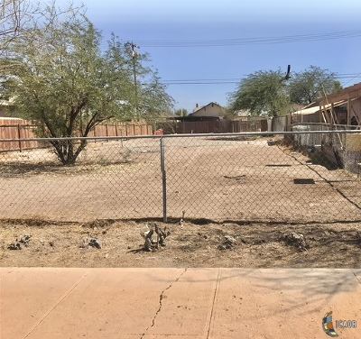 El Centro Residential Lots & Land For Sale: 725 W Heil Ave