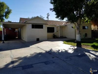 El Centro Single Family Home For Sale: 1059 Sandalwood Dr