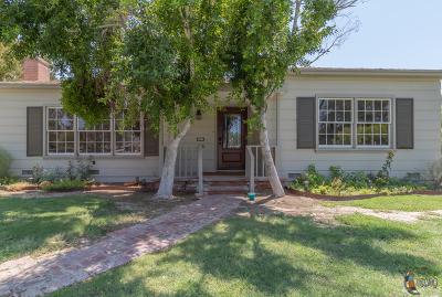 El Centro Single Family Home For Sale: 755 Sandalwood Dr