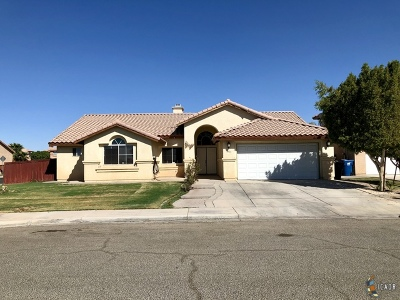 Calexico CA Single Family Home For Sale: $296,000