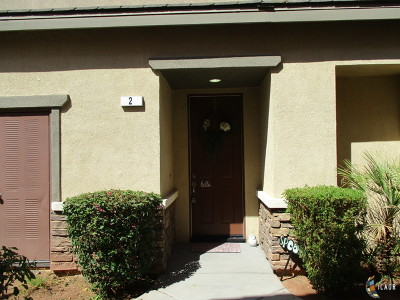 Brawley Single Family Home For Sale: 422 Cool Creek Ct #2