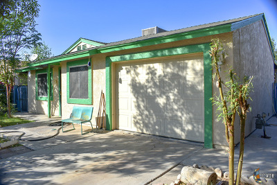 Calexico Single Family Home Contingent: 505 Francisco Necochea St