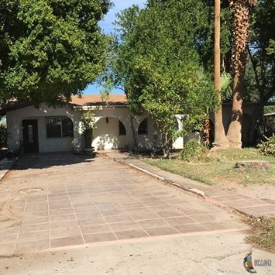 El Centro Single Family Home For Sale: 322 E Holton Rd