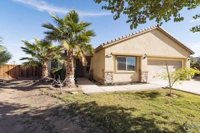 Brawley Single Family Home For Sale: 824 Evelyn Ave