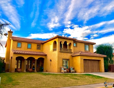 El Centro Single Family Home For Sale: 2949 Sandalwood Ct