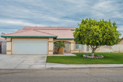 Calexico Single Family Home For Sale: 1237 T Boman St