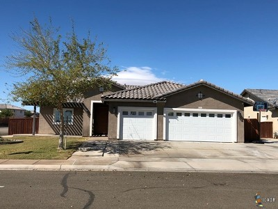 Calexico, Imperial Single Family Home For Sale: 2371 Nicholas Ct