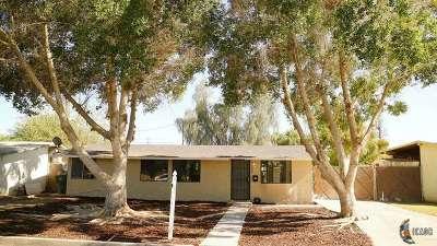 Brawley Single Family Home For Sale: 240 W C St