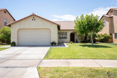 El Centro Single Family Home For Sale: 1099 Manzanita Dr