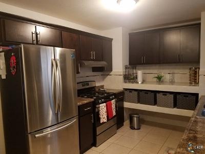 Brawley Single Family Home For Sale: 570 S Cesar Chavez St
