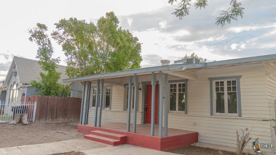 El Centro Single Family Home For Sale: 864 W Olive Ave