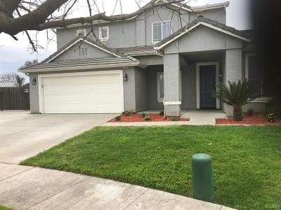 Hanford Single Family Home For Sale: 1820 W Rio Hondo Court