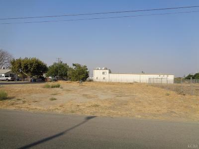 Tulare Residential Lots & Land For Sale: 580 E Walnut Avenue