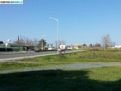 Commercial Lots & Land For Sale: 3740 Walnut Blvd