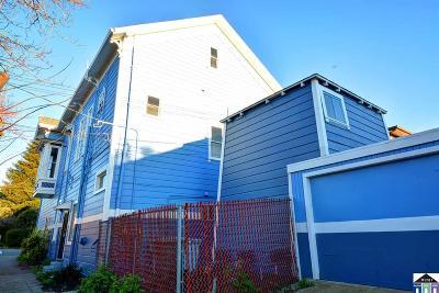 Berkeley Multi Family Home For Sale: 3200 California Street