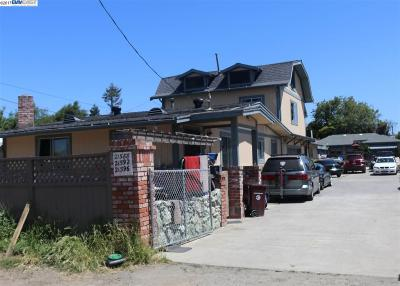 Hayward Multi Family Home For Sale: 21588 Banyan St