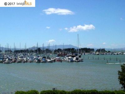 Emeryville Condo/Townhouse For Sale: 6 Admiral Dr #A371