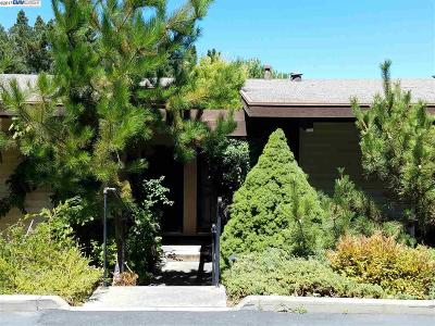Castro Valley Condo/Townhouse For Sale: 19100 Crest Ave. #108 #108
