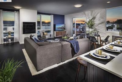 San Francisco Condo/Townhouse For Sale: 50 Jerrold Avenue #411