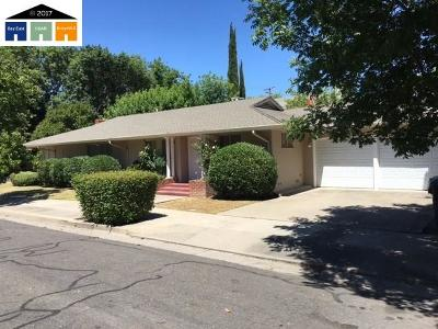 Stockton Multi Family Home For Sale: 848 W Willow