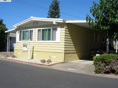 Pleasanton Mobile Home For Sale: 3231 Vineyard Avenue