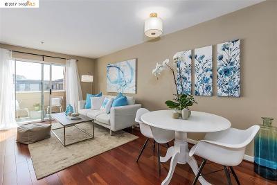 Emeryville Condo/Townhouse For Sale: 6400 Christie #4406