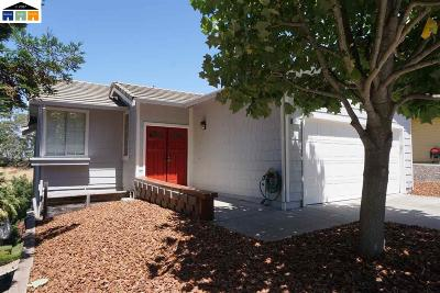 Pinole Single Family Home For Sale: 557 Lopes Ln