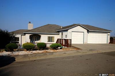 El Sobrante Single Family Home For Sale: 12 N Rancho Ct