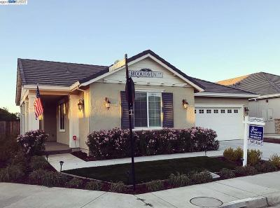 The Lakes Single Family Home Price Change: 8203 Brookhaven Circle